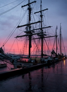 Lady Franklin & Tecla at sunrise, 21 September