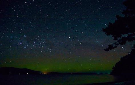 aurora21102014_FF and meteor_I7U3339